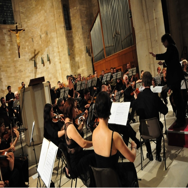 Sylvia_Constantinidis.conducting.Rumania